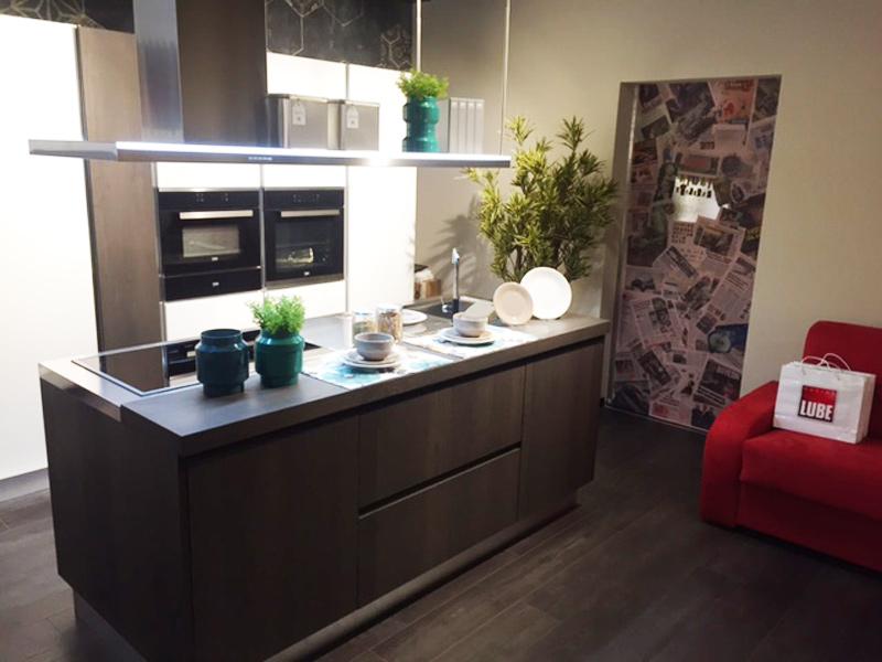 A Ventimiglia (IM) il Gruppo Lube inaugura un nuovo Centro Cucine ...
