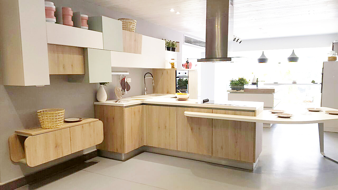 In The Capital Cairo, The First Cucine Lube Store Of Egypt
