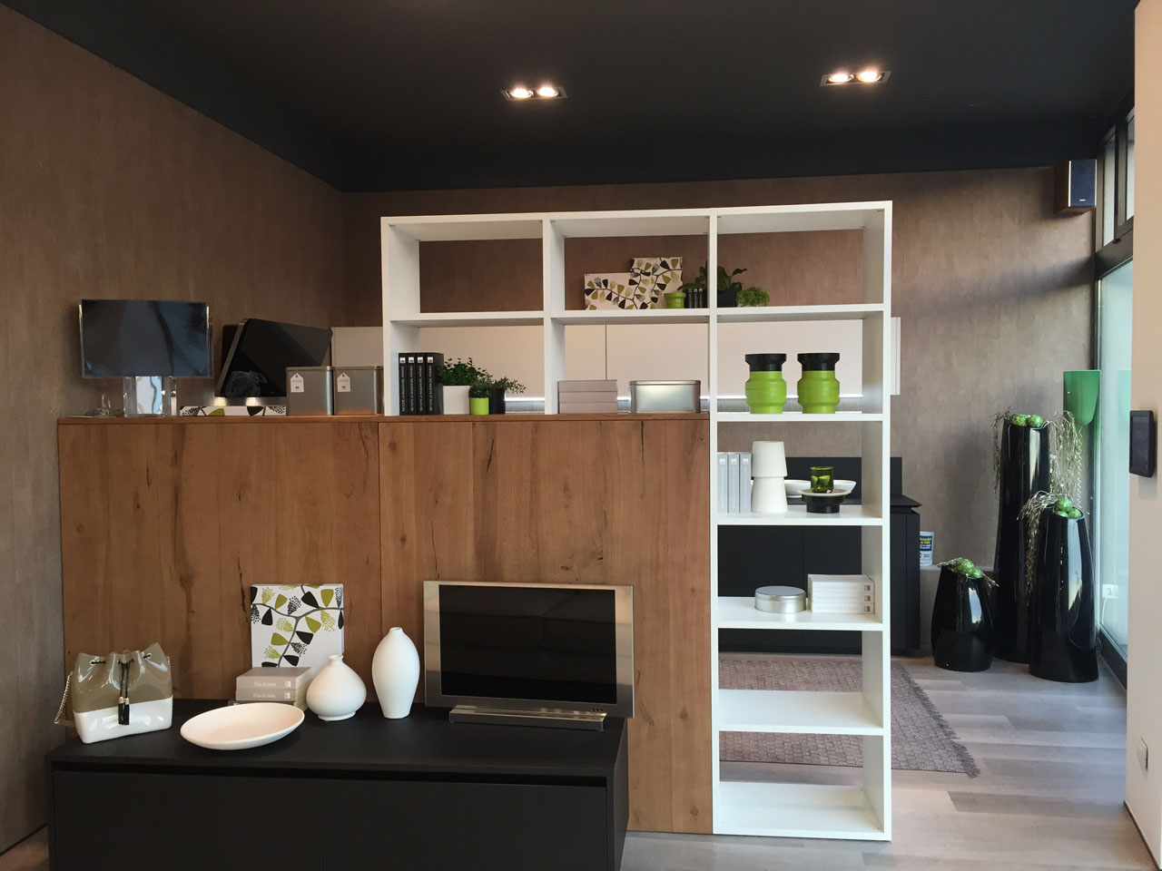 New sales outlet for the Cucine Lube and Creo Kitchens brand in ...
