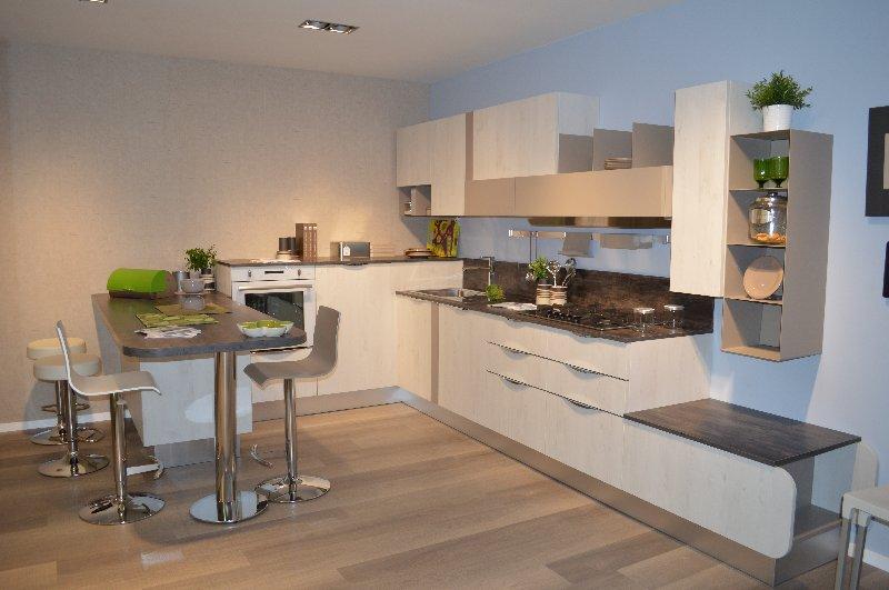Il Gruppo Lube apre un nuovo punto vendita a marchio Cucine Lube e ...