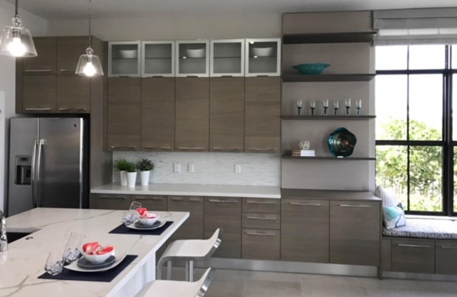 Cucina Soffitti Alti : Arredamento di case con soffitti alti