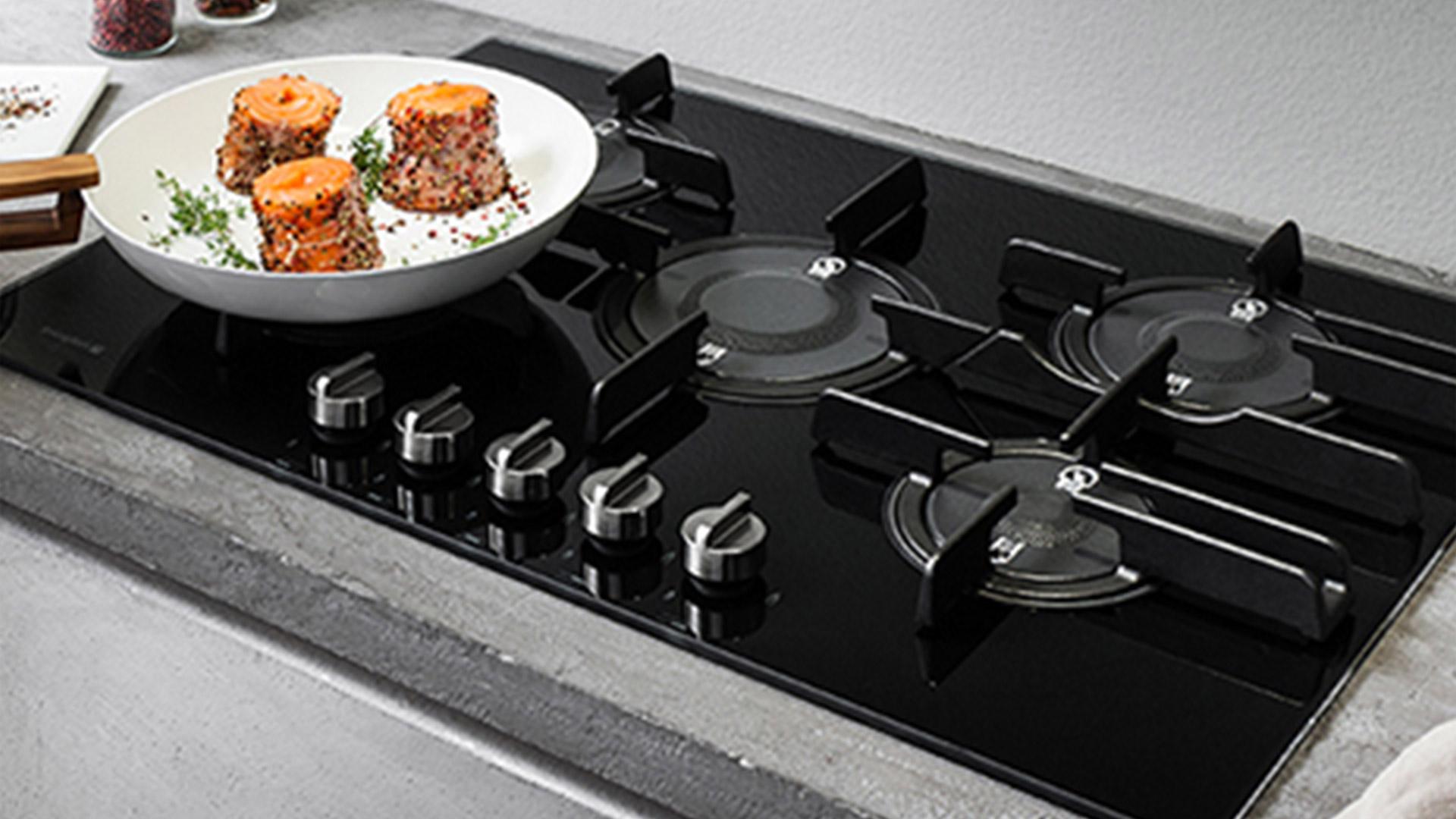 Piani Cottura Cucine Moderne.Hotpoint Nuovi Piani Cottura A Gas Per Prestazioni
