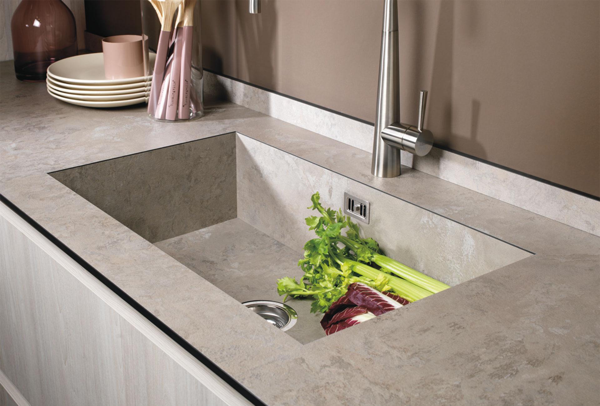 Lavelli integrato al top - Cucine LUBE