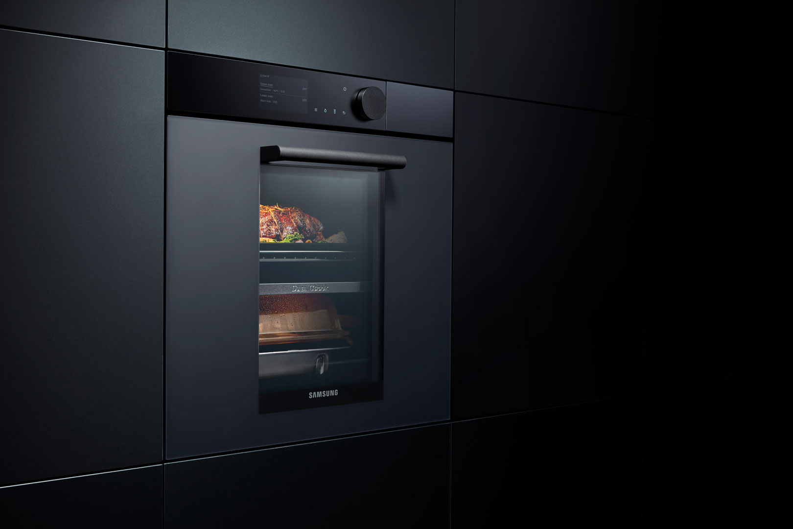 A new definition of design with the Infinite Line home appliances by Samsung - Cucine LUBE