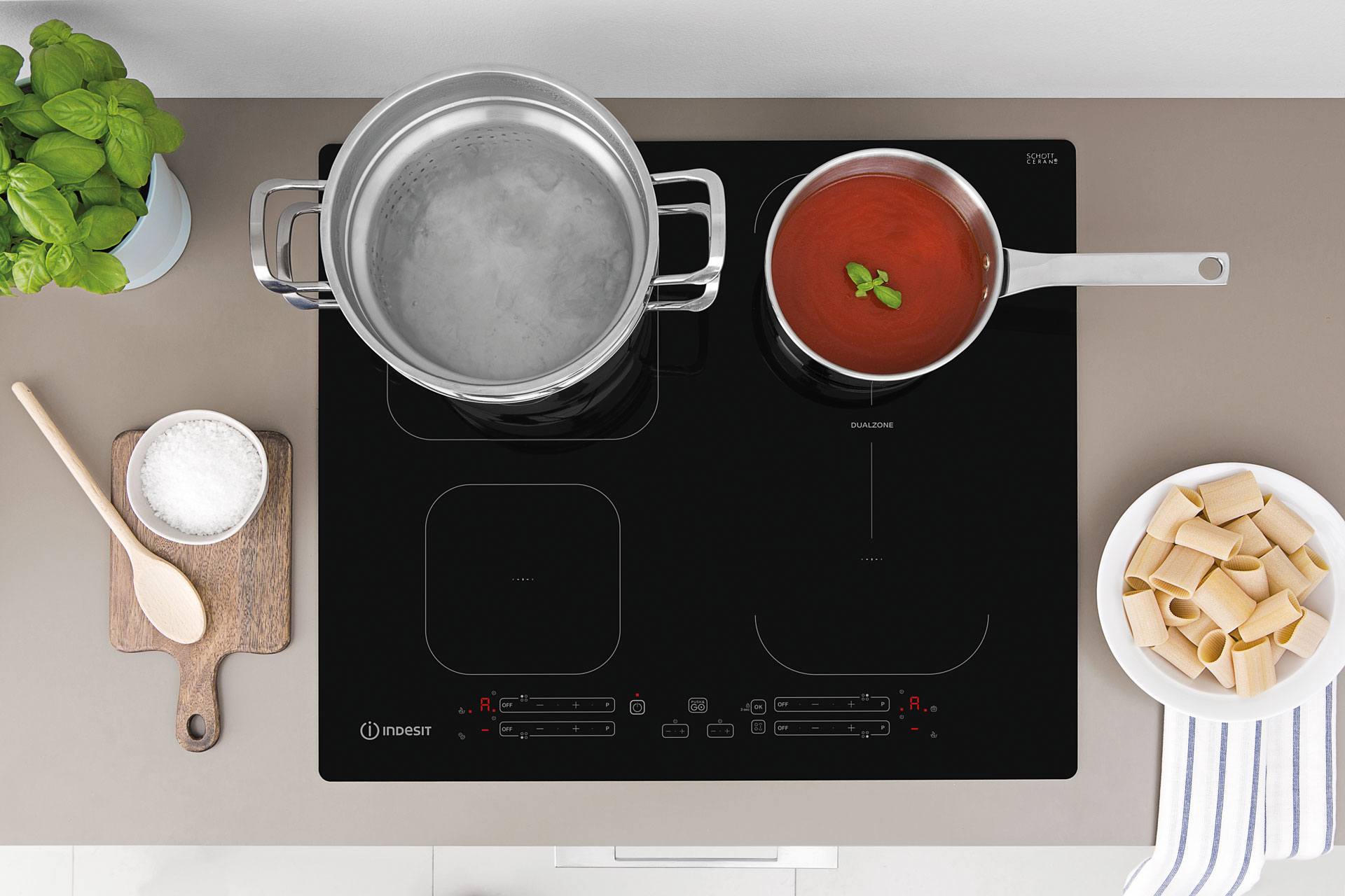Indesit Push&Go induction hobs: efficient, practical and reliable - Cucine LUBE