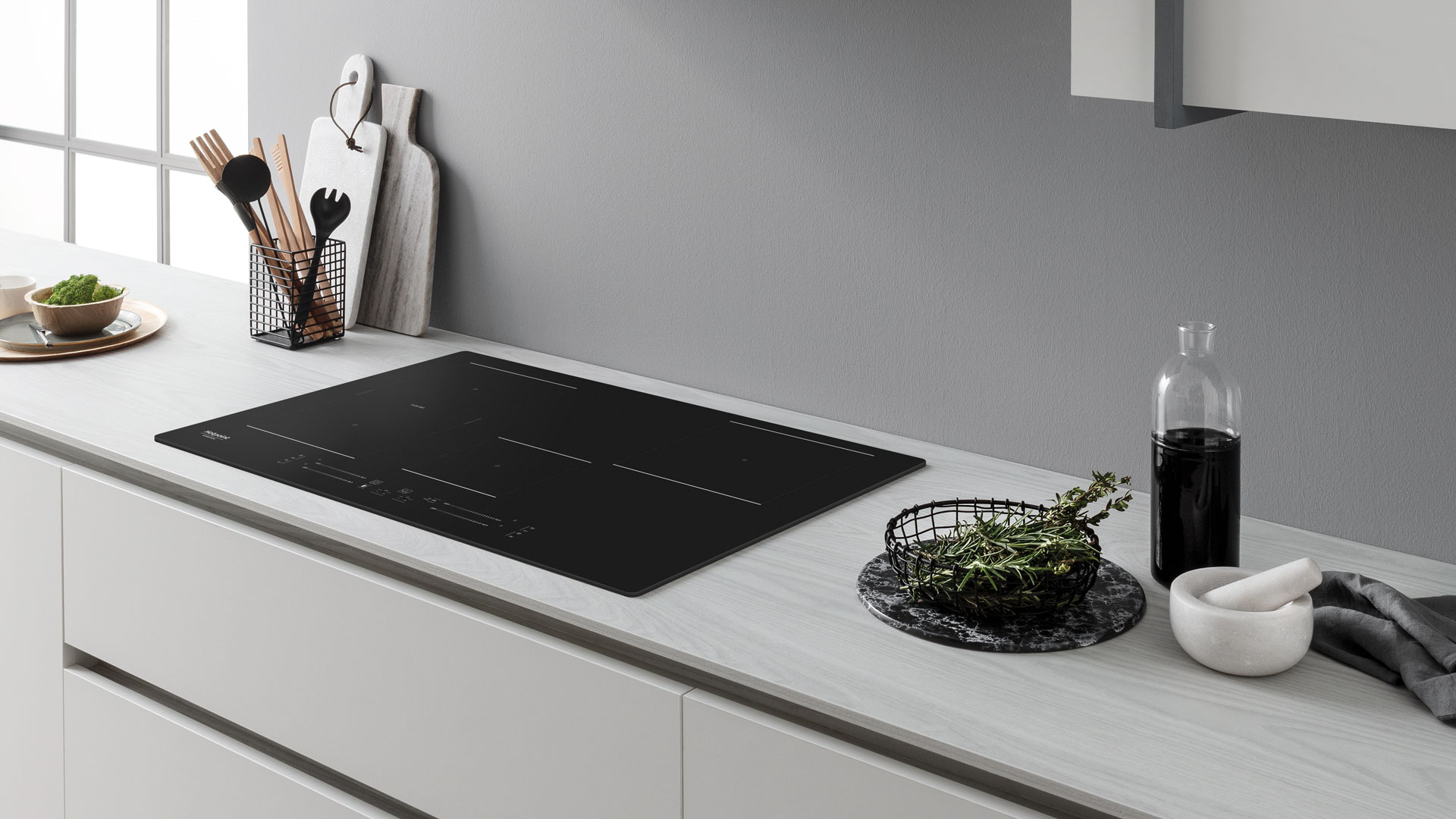 Try a new way of cooking with the Active induction hobs by Hotpoint - Cucine LUBE