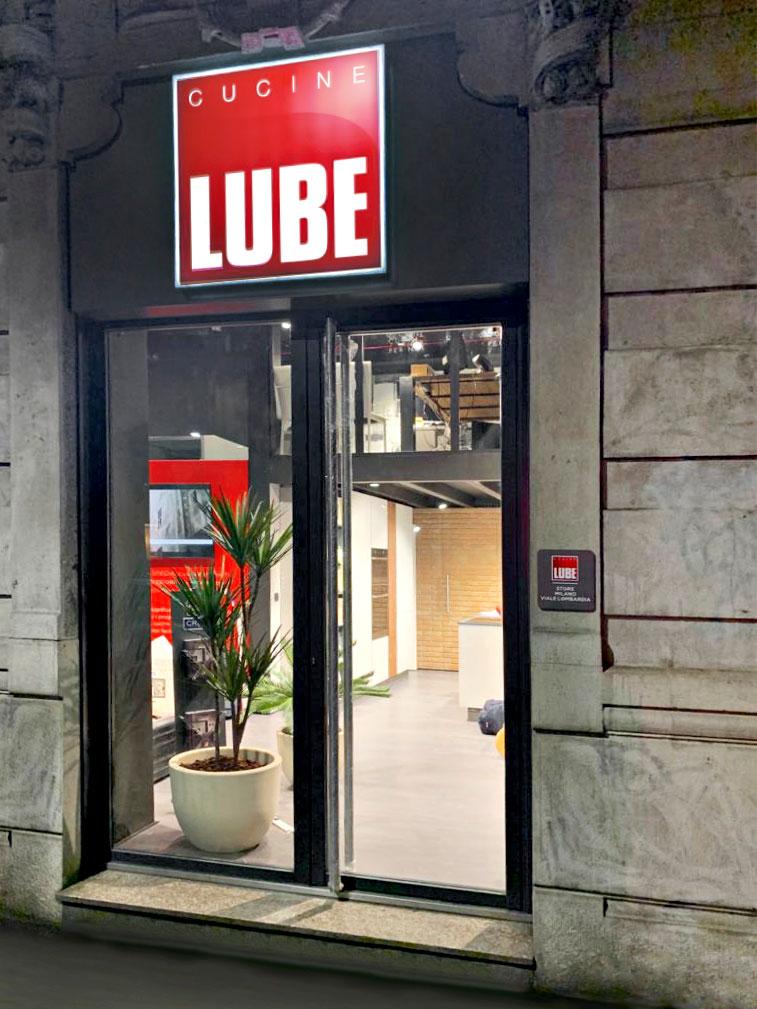 Milano Viale Lombardia Il Gruppo Lube Inaugura Un Nuovo Store Cucine Lube Cucine Lube