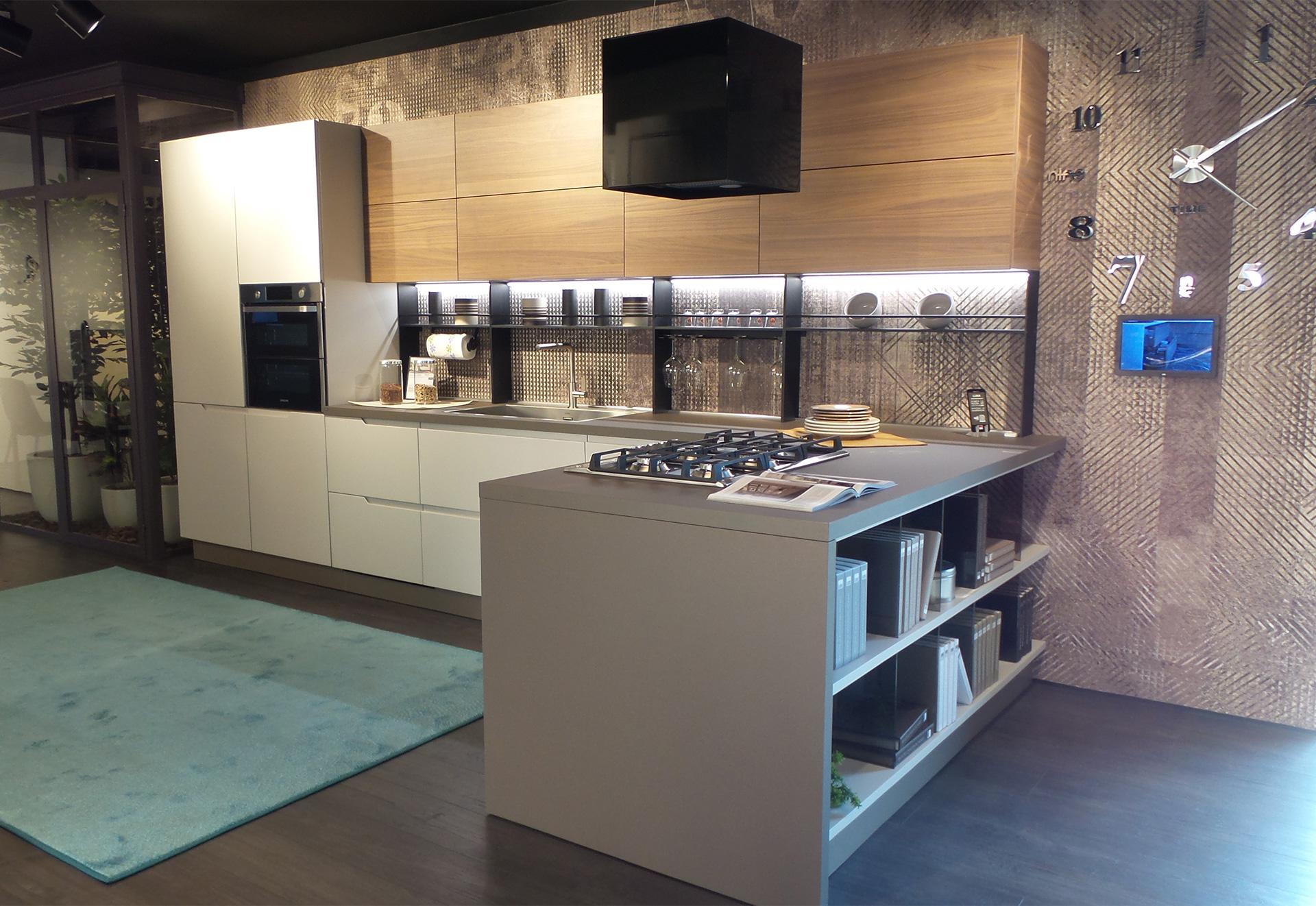 Il Gruppo Lube Inaugura Un Nuovo Store Lube E Creo A Lissone Cucine Lube