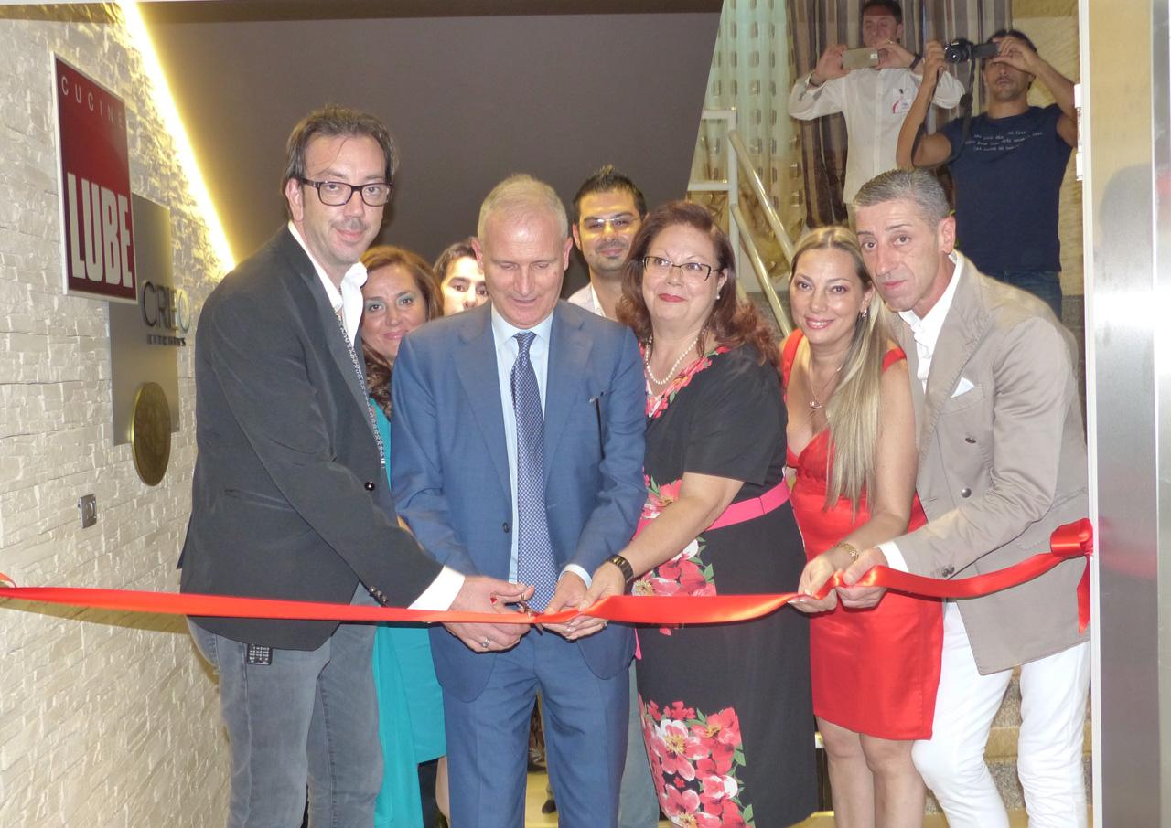 Grande successo all\'inaugurazione dello Store Lube più grande del ...
