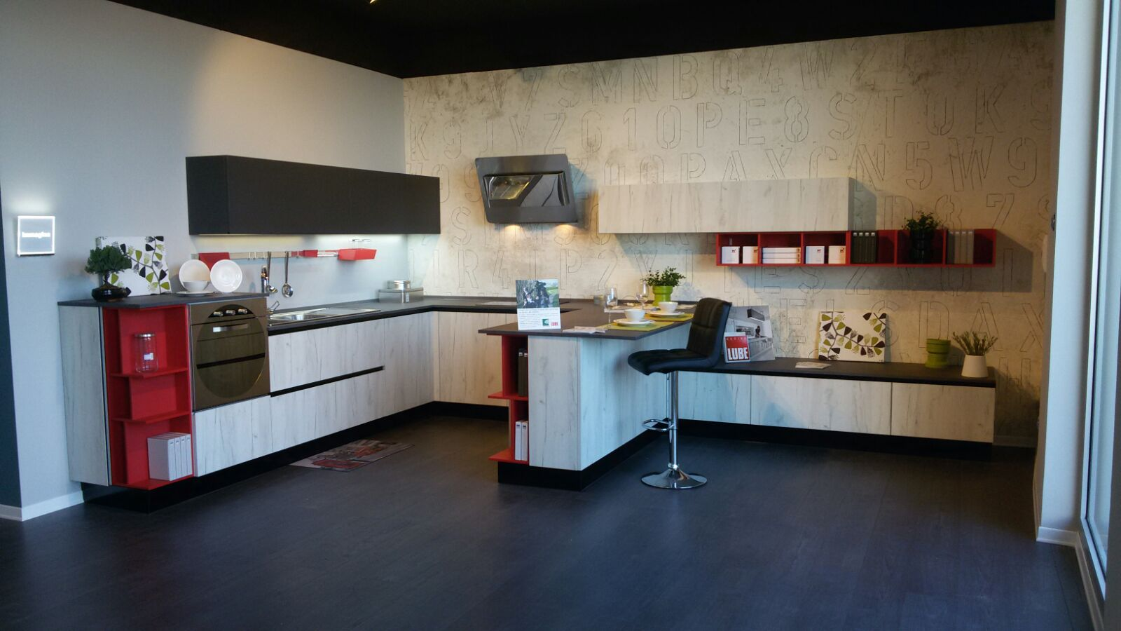 Sabato 27 febbraio inaugura nuovo Centro Cucine Lube a Napoli ...