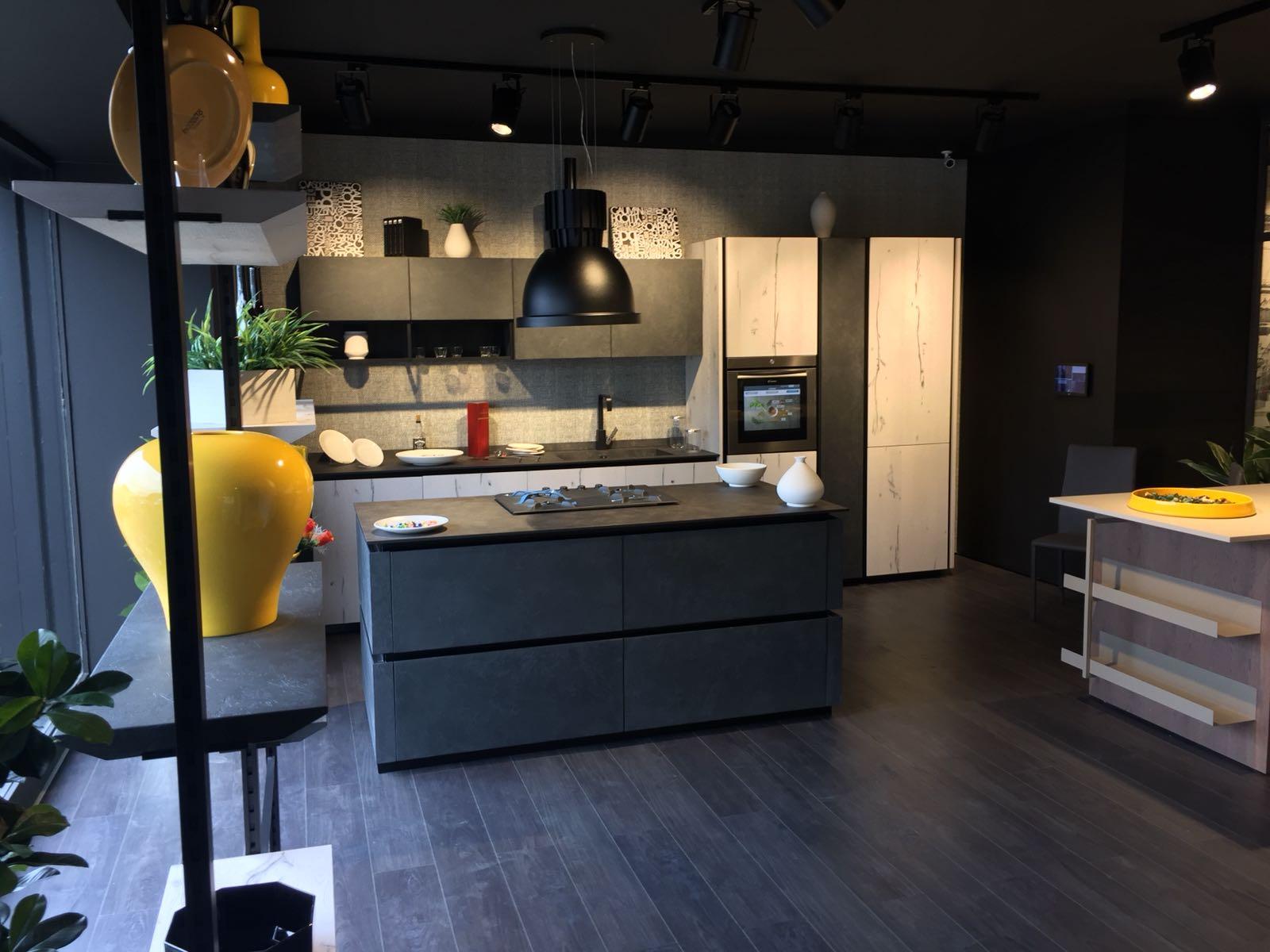 Il Gruppo LUBE inaugura un nuovo Store LUBE e CREO a Napoli - Cucine ...