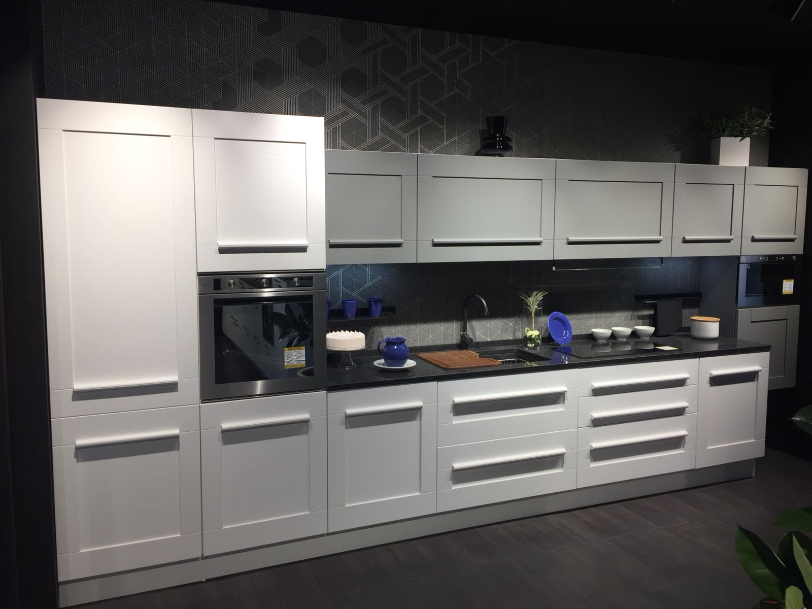 Gruppo Lube inaugurates a new LUBE and CREO Store in Naples - Cucine ...