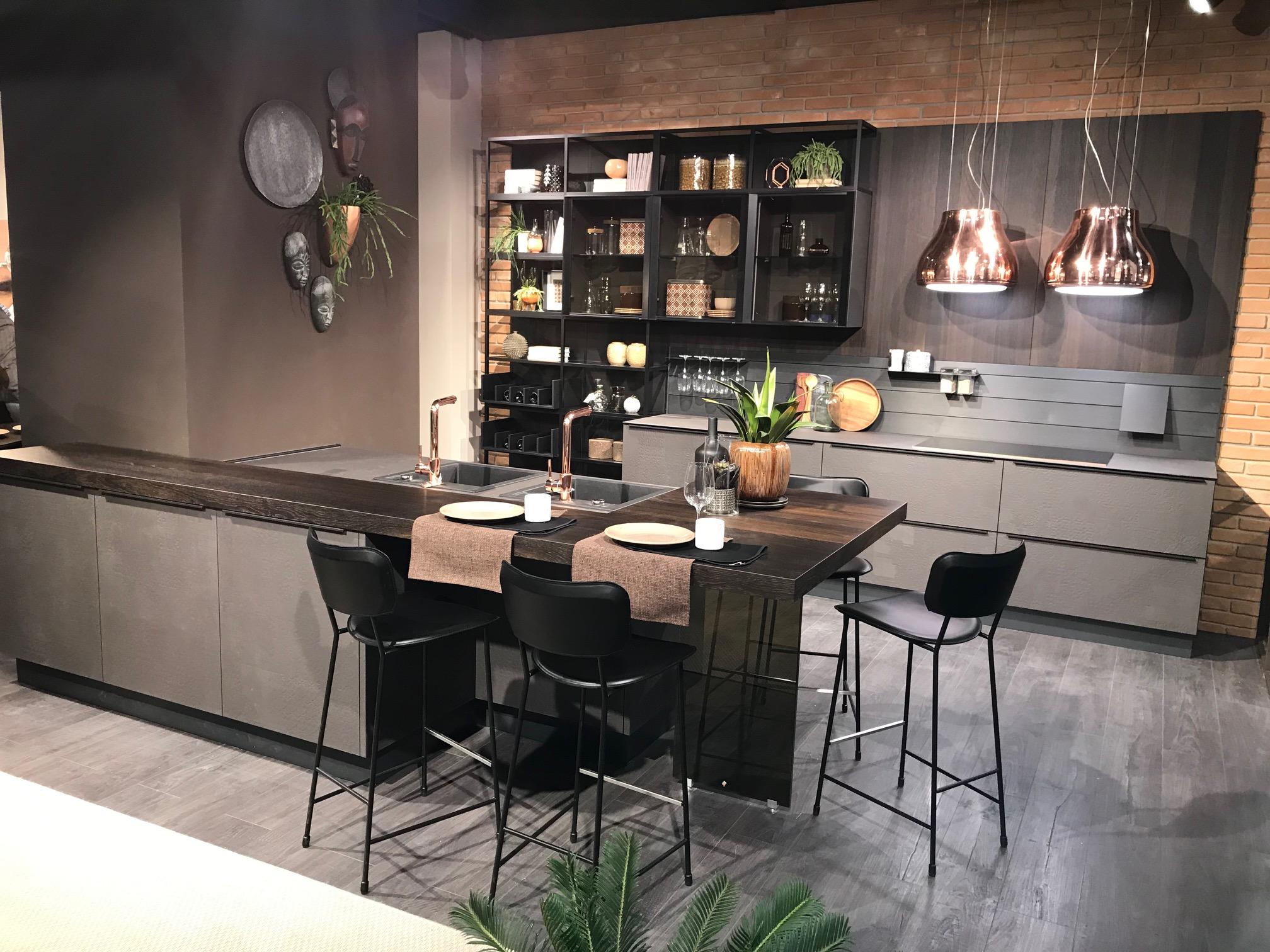 La qualità e l\'innovazione del marchio Cucine LUBE in scena al ...