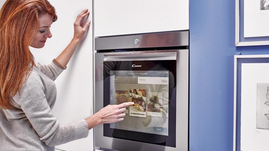 Candy: The future is here with the Watch & Touch Oven exclusively for Cucine Lube