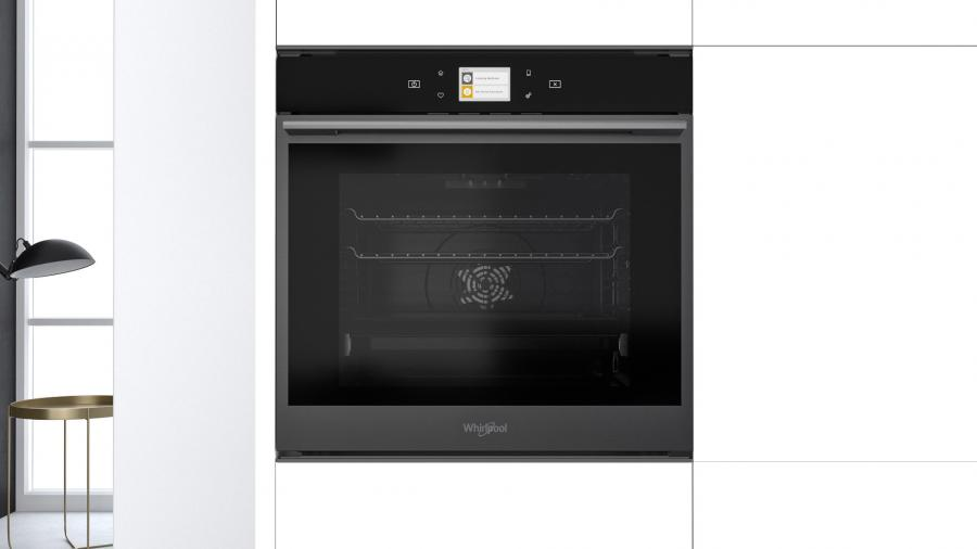 Glamour e performance si uniscono nel nuovo forno W Collection Black Fiber di Whirlpool